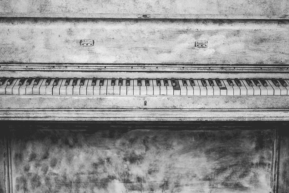 Effetti benefici della musica nell'Alzheimer - 4 consigli per l'ascolto.